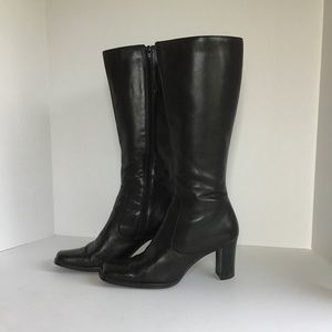 RAMPAGE BLACK LEATHER BOOTS SIZE 8 STYLE ELLYN